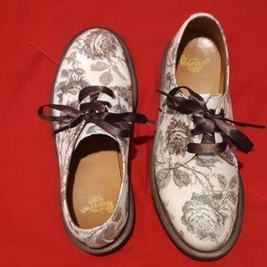 Doc marten ankle shoes